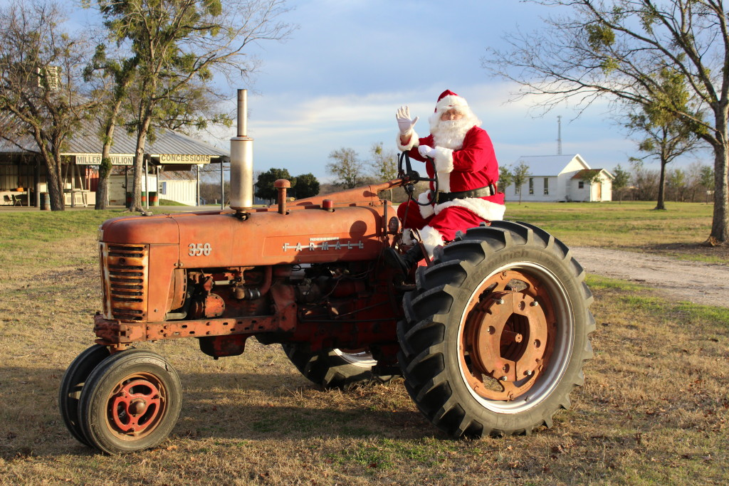 Santa visits Texas Early Day Tractor and Engine Association